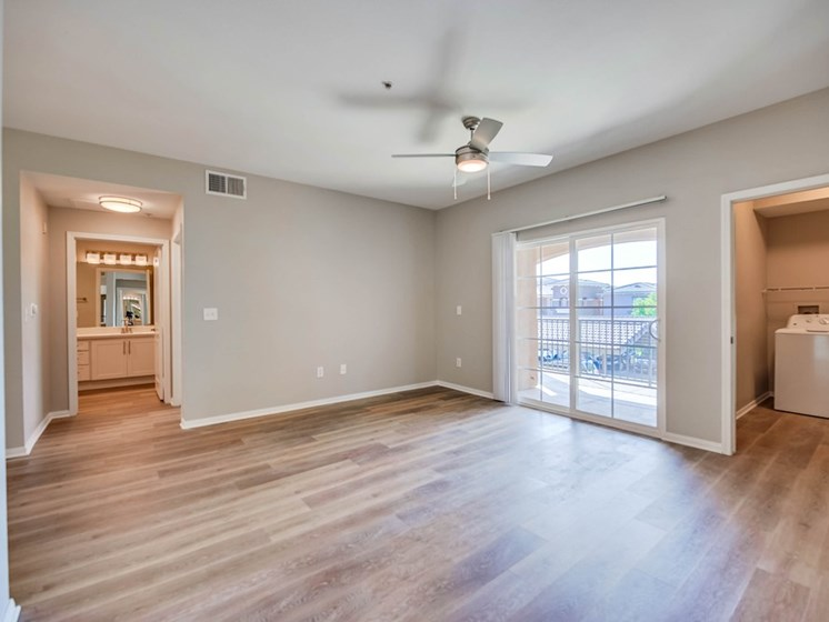 Unfurnished Living Room and Laundry Area